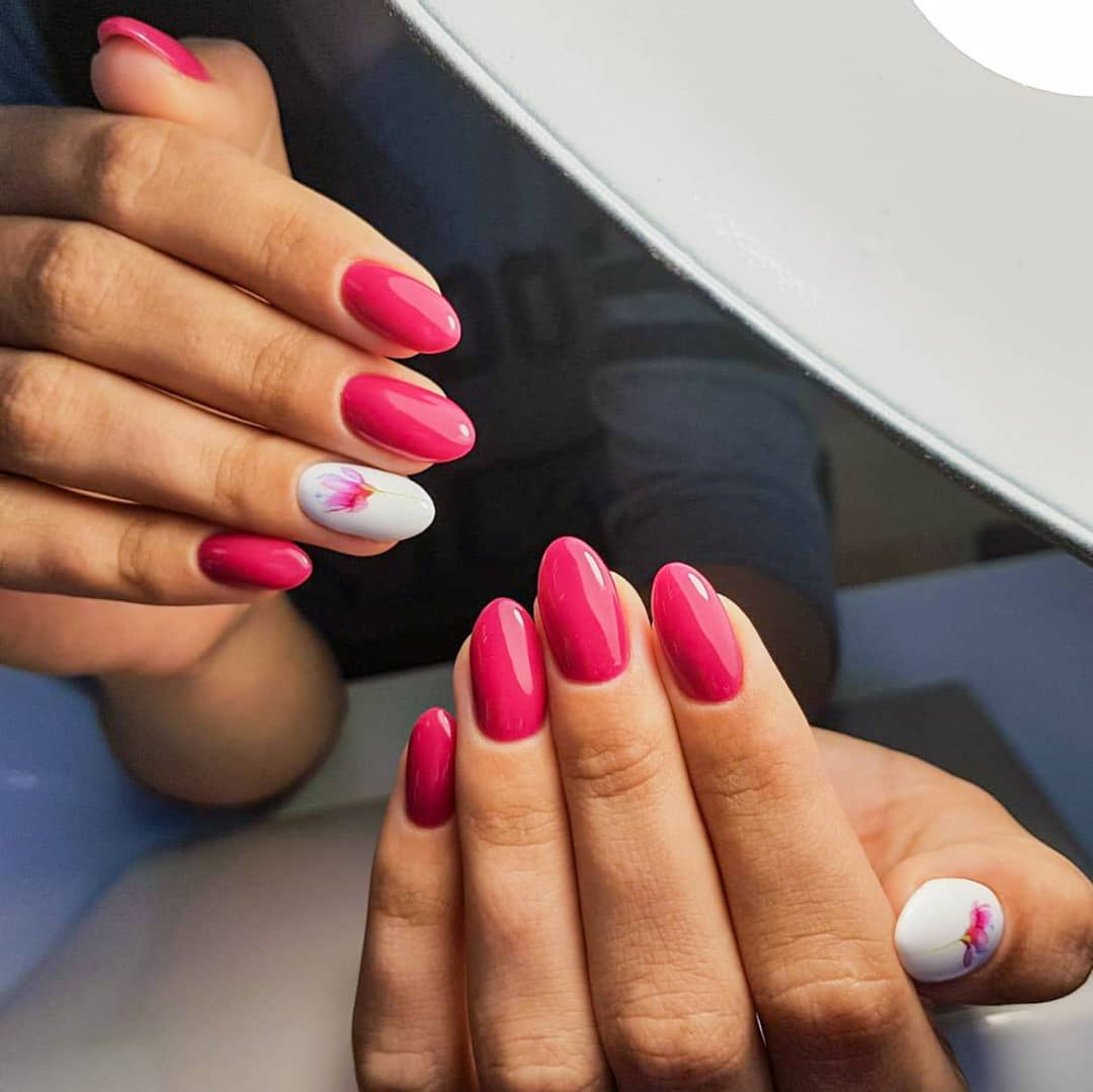Розовый-маникюр-2020:-тенденции,-идеи-и-розовые-ногти-2020