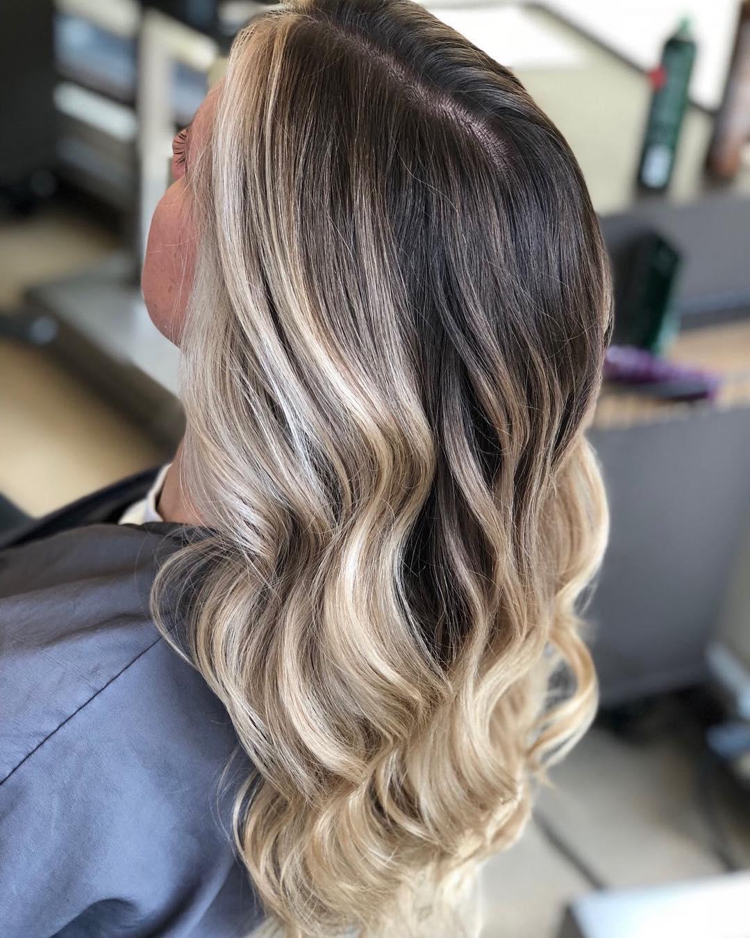 Стрижки-каскад-на-средние-волосы-2020;-обворожительный-стиль