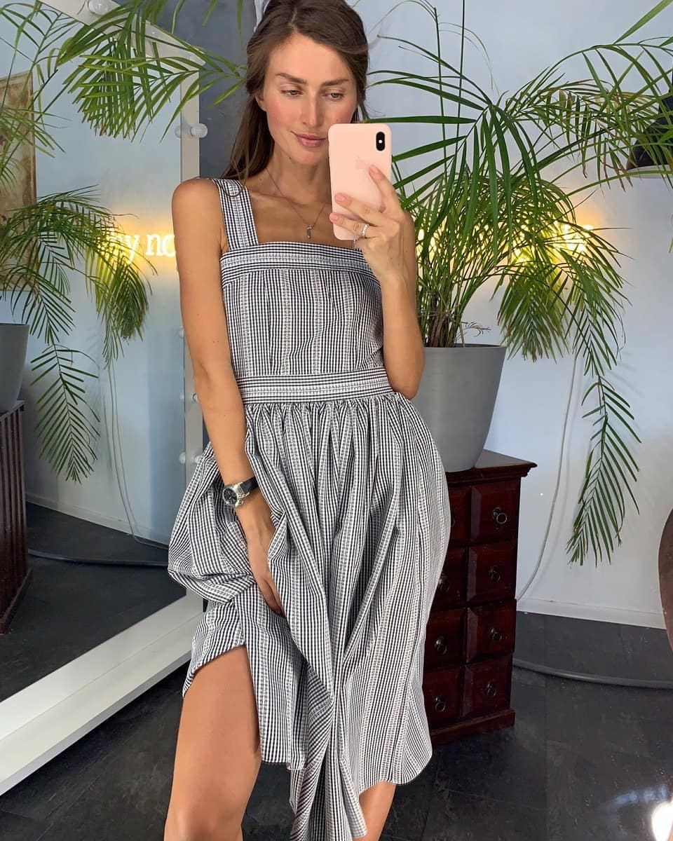 Модные-платья-2020;-женственные,-модные-женские-платья