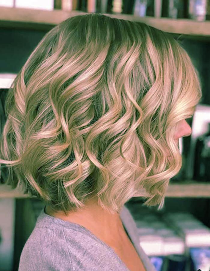Средние волосы 2019: модные стрижки и укладки для девушек и дам