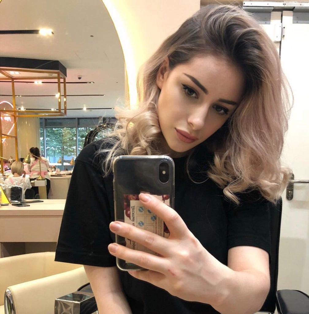 Стрижки-на-длинные-волосы-2019-женские-1