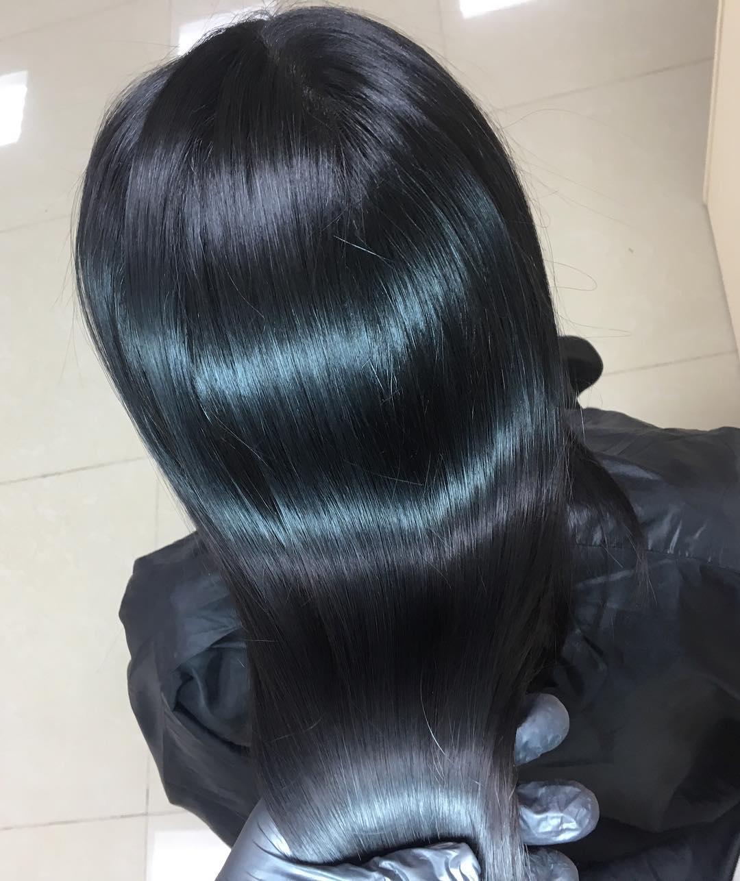 Стрижки-на-длинные-волосы-2019-женские-черные-модные