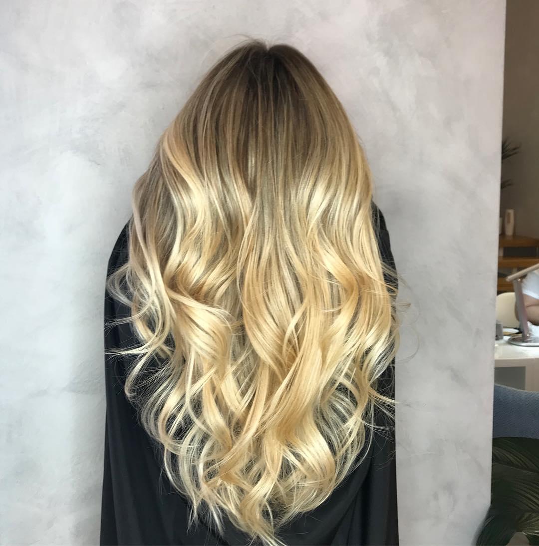 Стрижки-на-длинные-волосы-2019-женские-локон-кудри