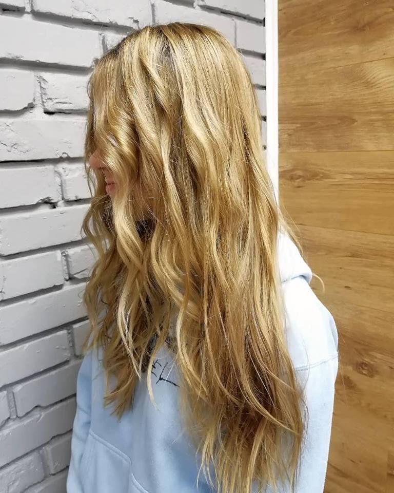 Стрижки-на-длинные-волосы-2019-женские-локони