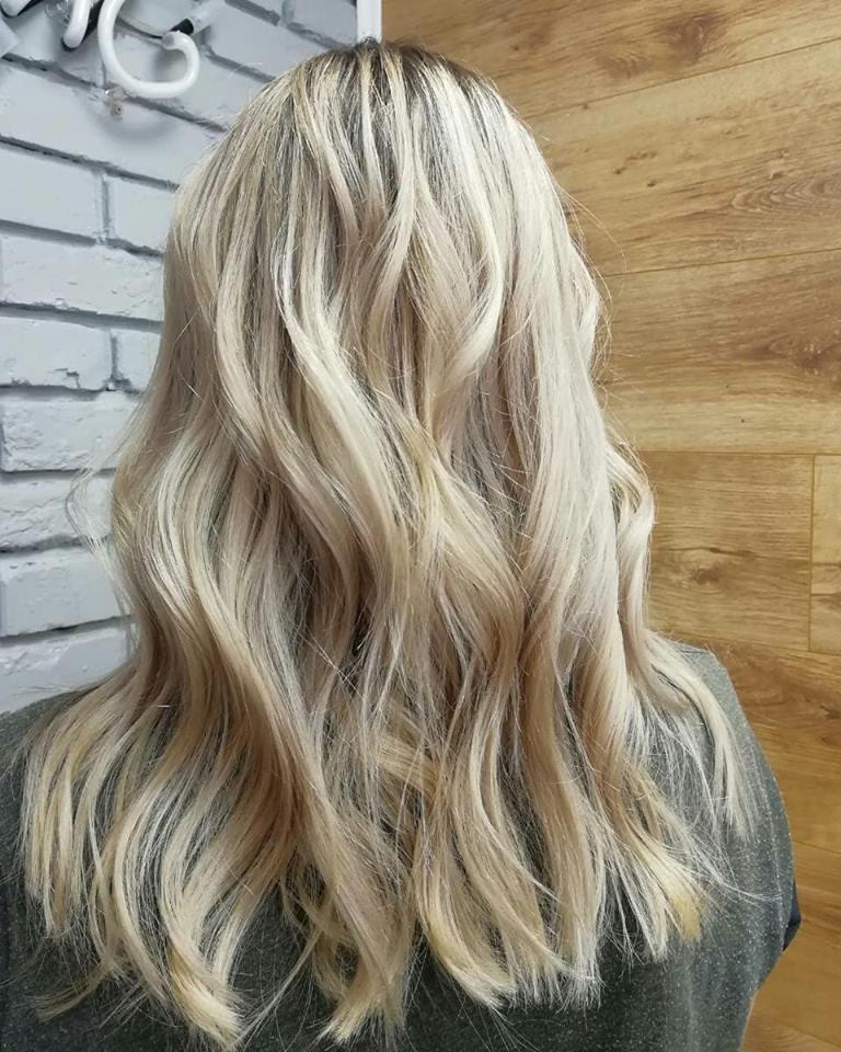Стрижки-на-длинные-волосы-2019-локон