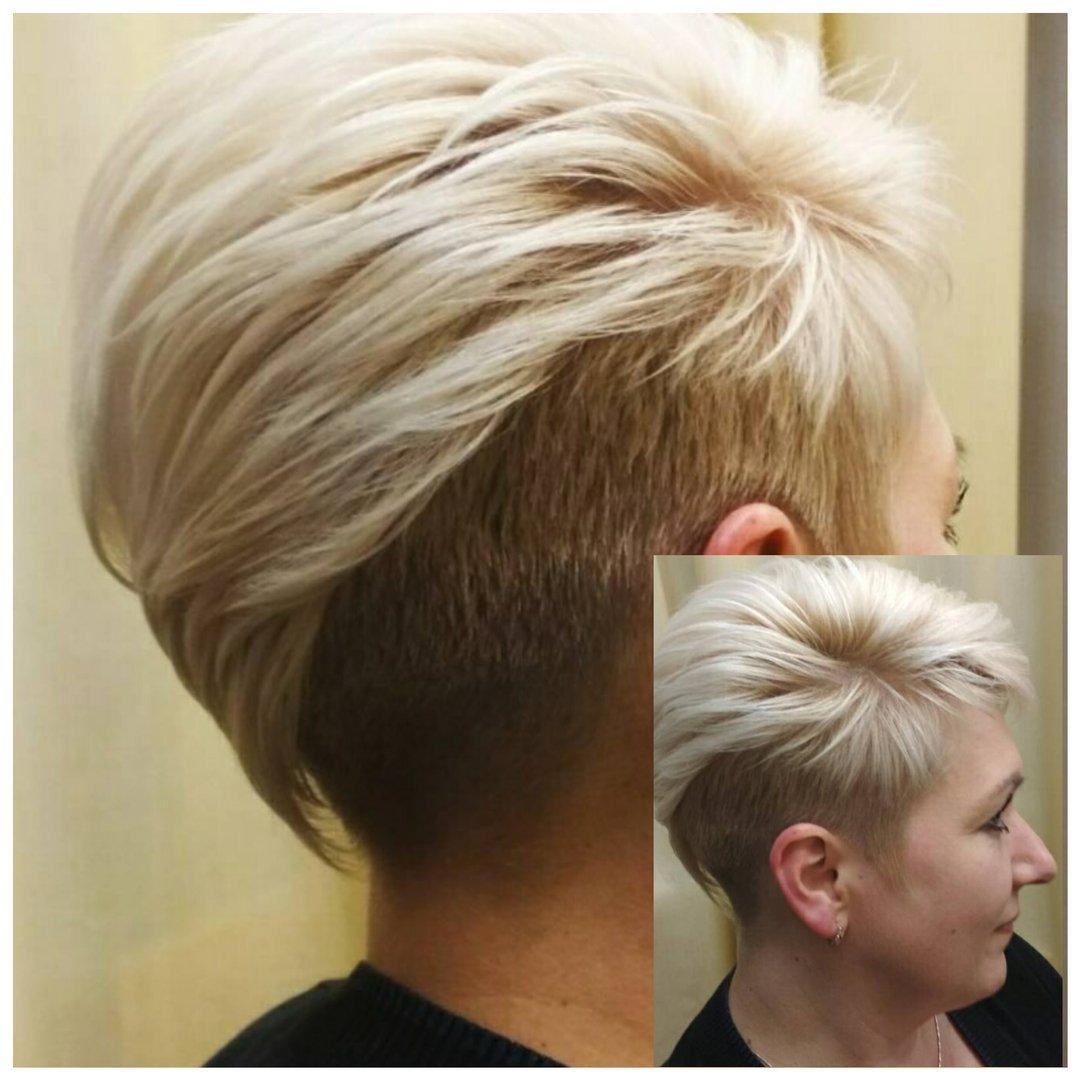 модные-женские-стрижки-на-короткие-волосы-2019-окрашивание