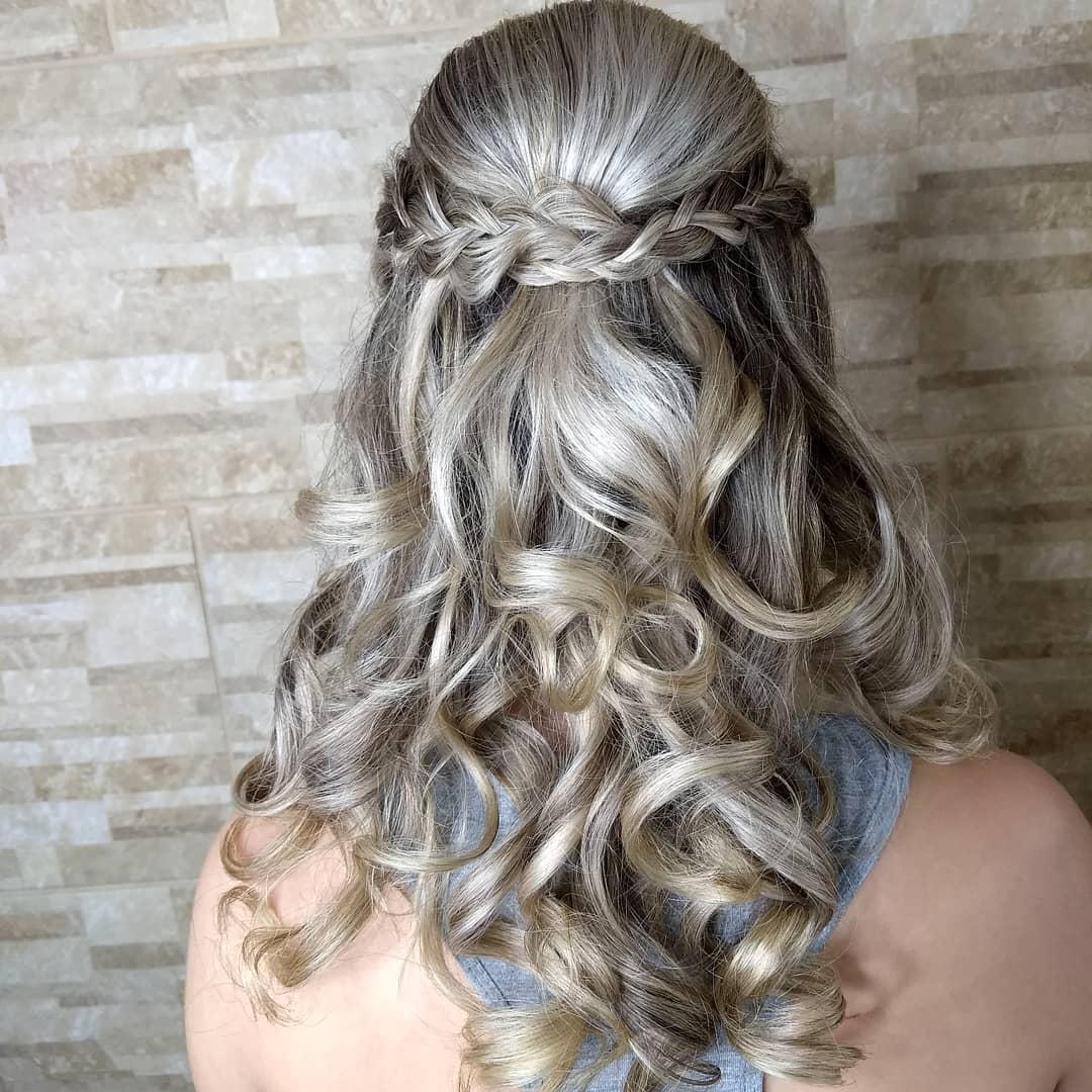 модные-стрижки-волос-2019-локони