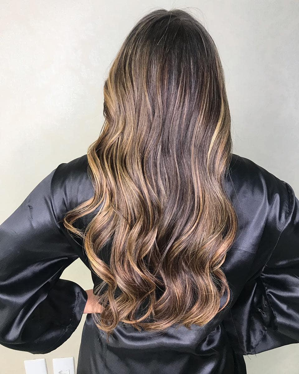 модные-стрижки-2019-на-длинные-волосы-филировка