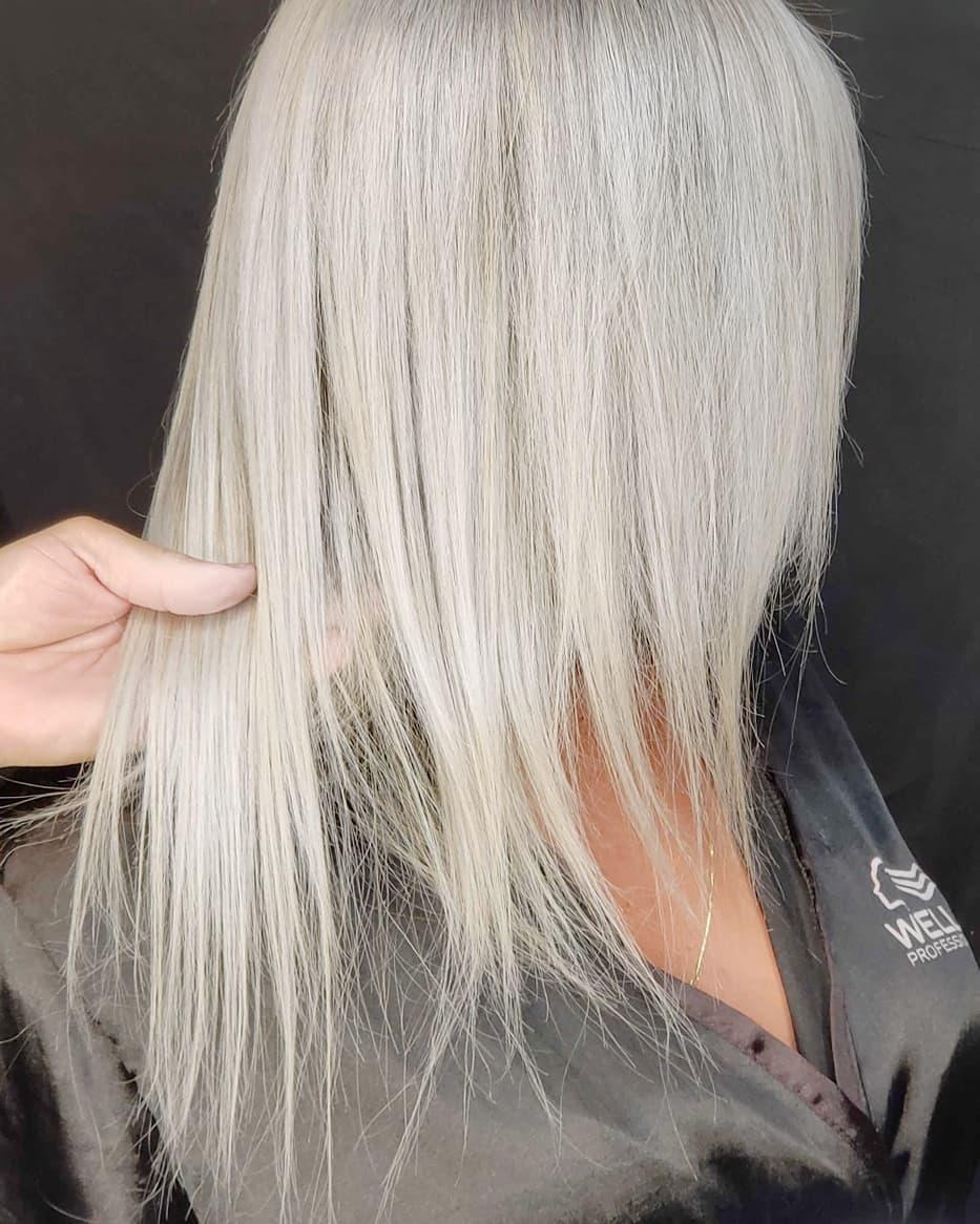 модные-стрижки-2019-на-длинные-волосы-блонд-блондинки