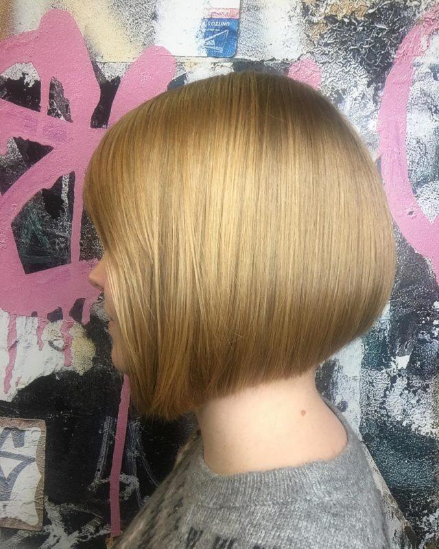 стрижки-каре-2019-блонд