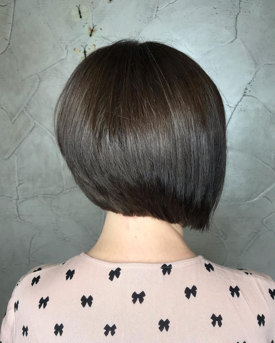 стрижки-на-короткие-боб-каре-2019-черный-цвет-волос