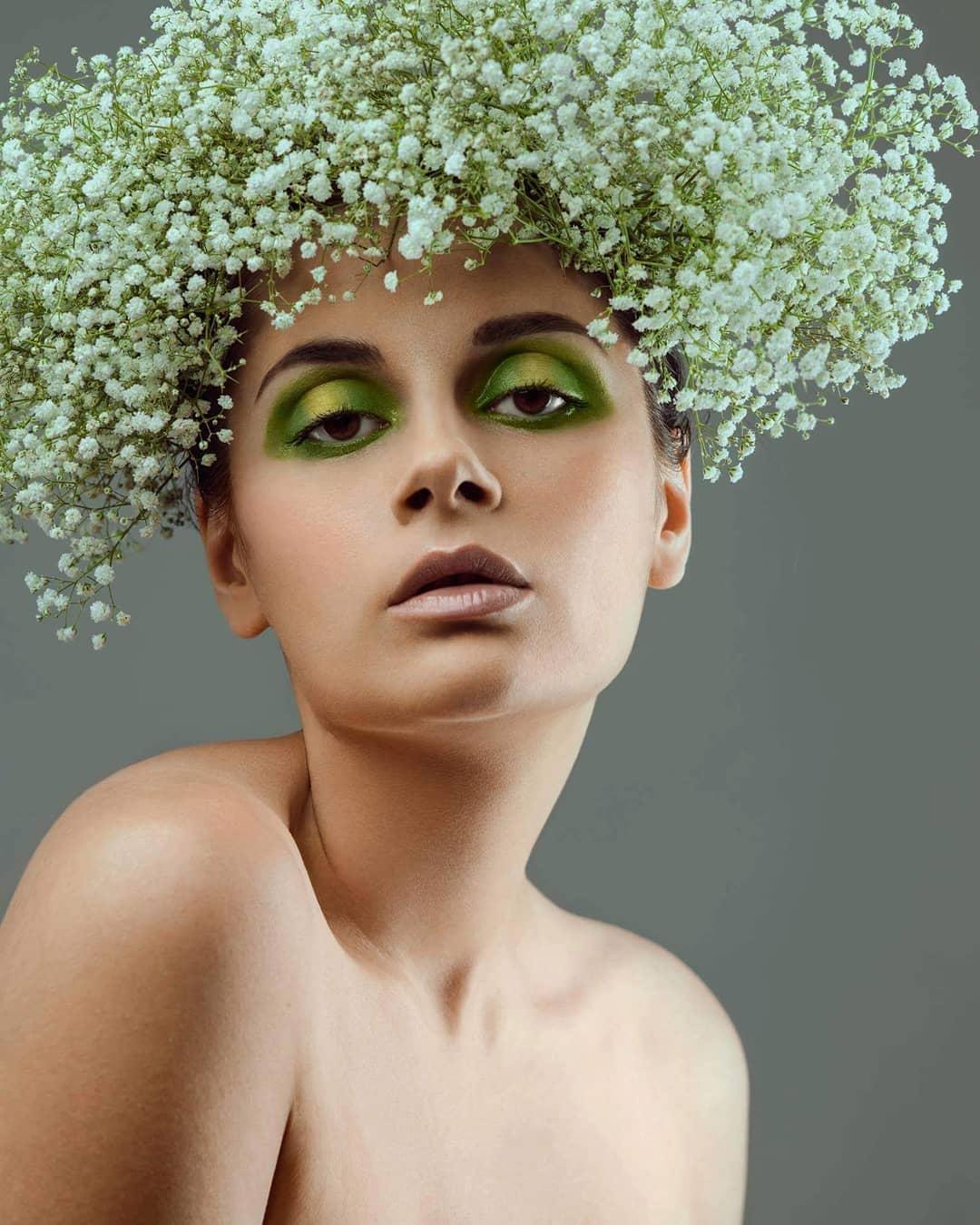 Модный-макияж-2019-самые-трендовые-цвета-и-формы-на-2019-год