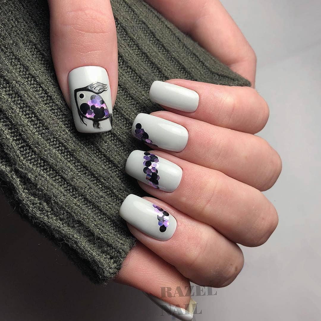 Серый-маникюр-2020:-модные-ногти-серого-цвета