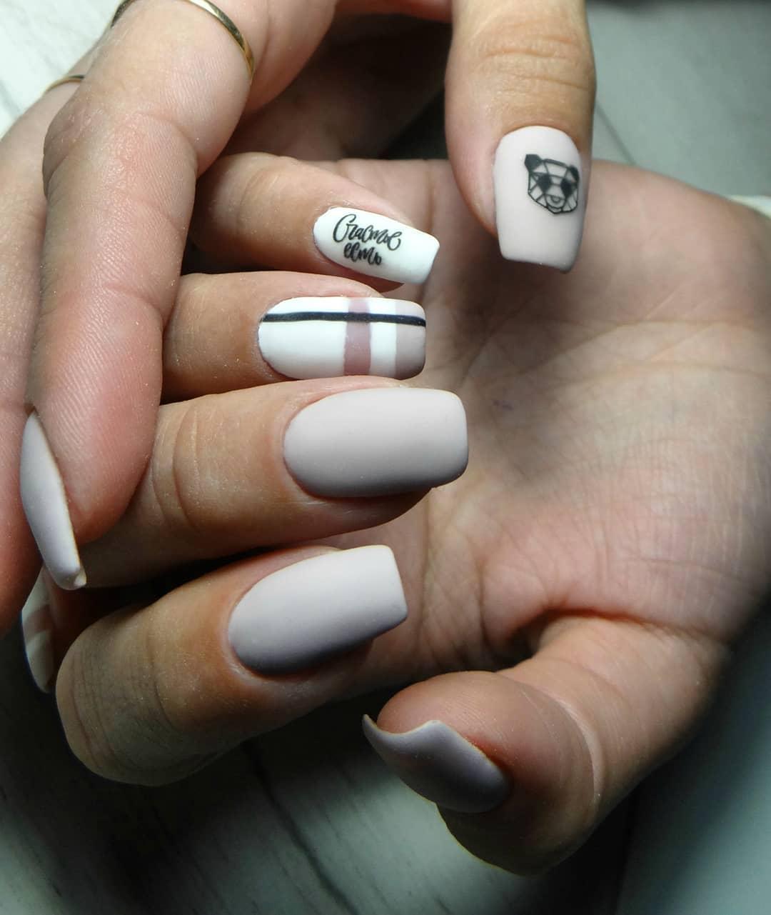 Бежевый-маникюр-2020:-классические-ногти-бежевого-цвета