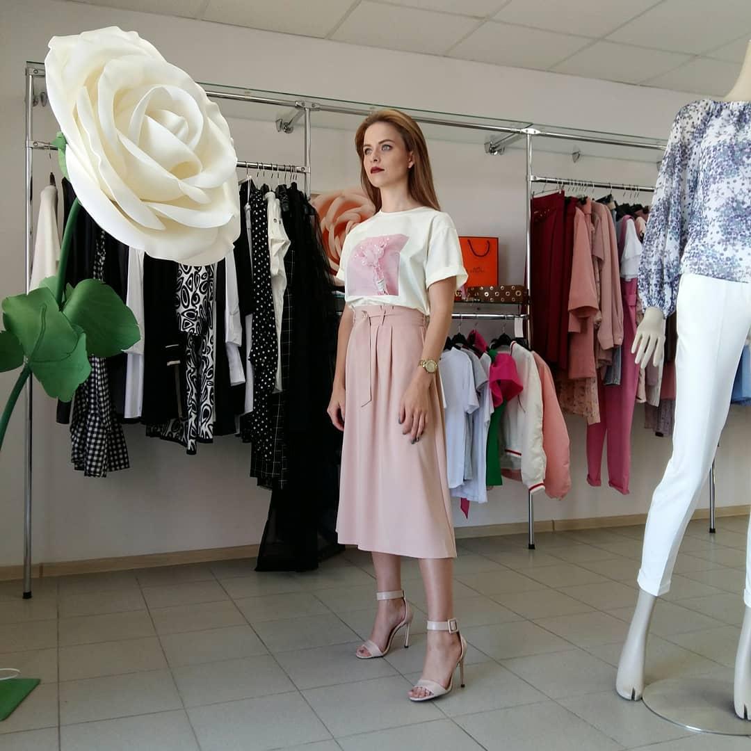 Модные-юбки-2022;-стильные-образы-и-модные-тренды