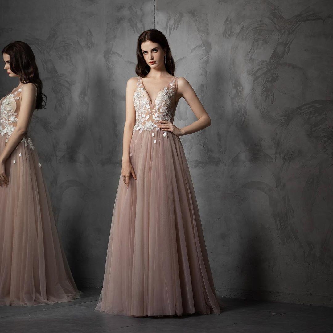 Новогодние-платья 2020;-модные-новогодние-платья